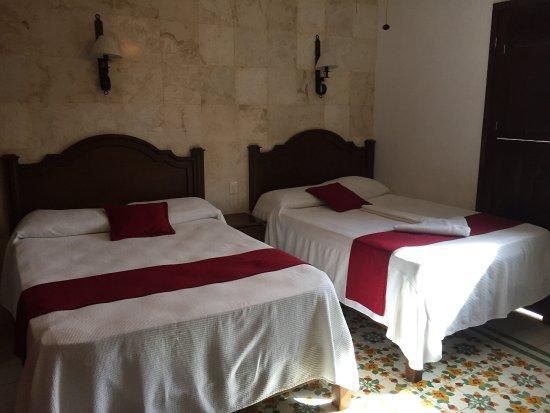 hotel colonial la aurora: photo1.jpg