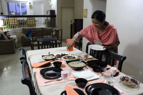 Enjoy An Authentic Keralan Meal With Your Host In Ernakulam Kochi