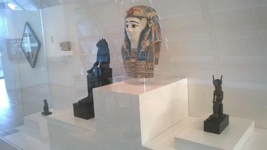 Coleccion de Arte Amalia Lacroze de Fortabat: Coleccion de objetos egipcios