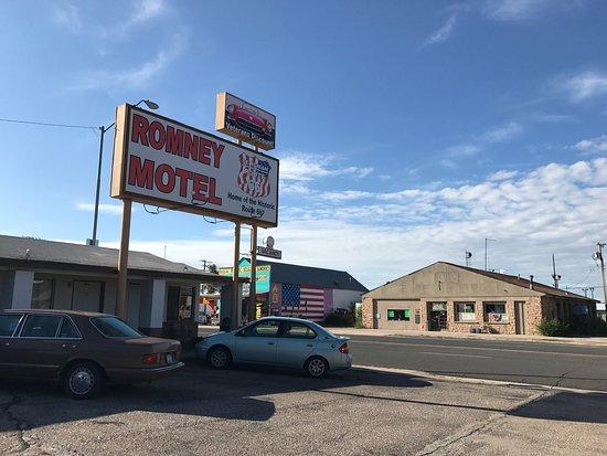 Romney Motel: photo1.jpg