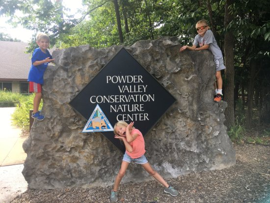 Kirkwood, MO: We highly recommend a visit to Powder Valley!