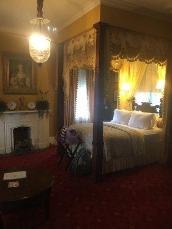 Anchuca Historic Mansion & Inn: photo5.jpg