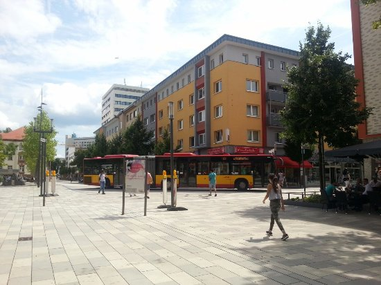 Hanau, Deutschland: place near the bus stop