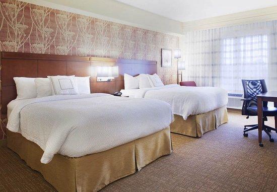 Conyers, GA: Queen/Queen Guest Room