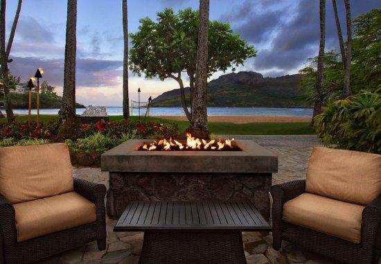 Marriott's Kaua'i Beach Club: Outside Dining - Firepit