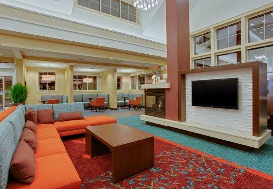 Residence Inn Springfield Chicopee: Lobby