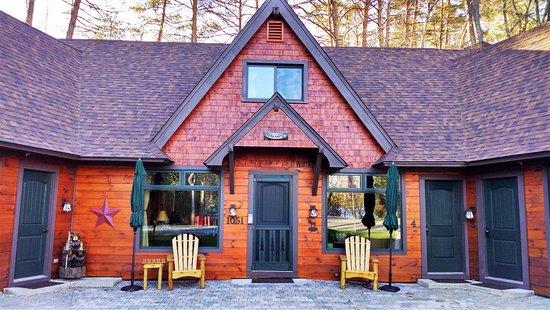 The adirondack inn pensione schroon lake ny prezzi for New york bed and breakfast economici