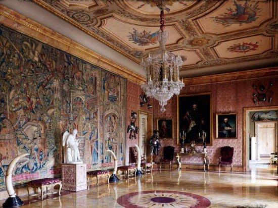 Palacio de Cortes: photo1.jpg
