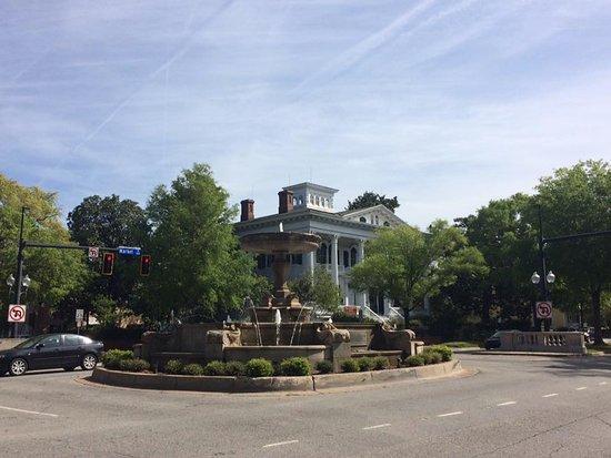 The Wilmingtonian: Fountain