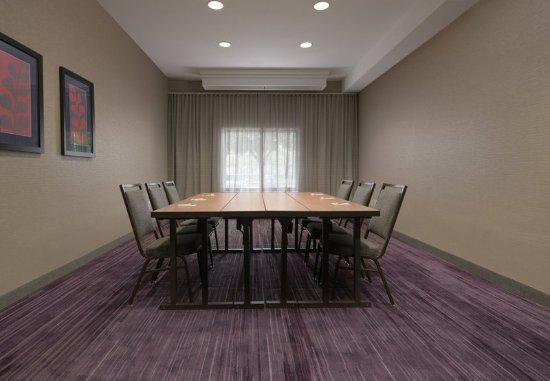 Courtyard Houston Northwest: Spring Meeting Room