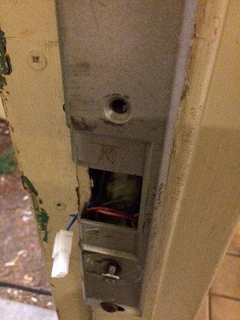 Plaza Hotel: Security door unworkable.