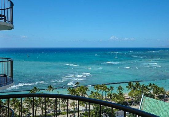 Waikiki Beach Marriott Resort & Spa: Junior Suite Ocean View