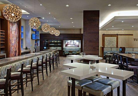 The Woodlands, TX: Lobby Bar