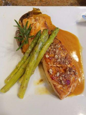 Fairfield, NJ: Salmon All'arancia