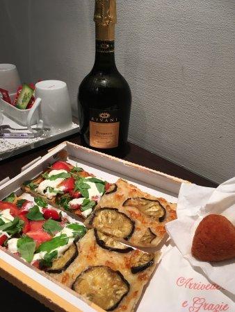 Pascucci Al Porticciolo Hotel: photo0.jpg