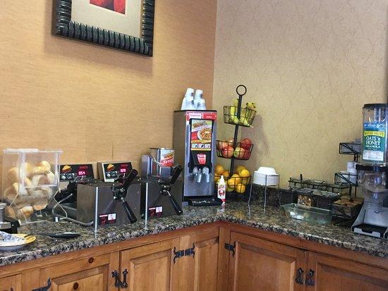 Best Western Plus Inn of Santa Fe: Breakfast