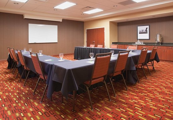 Courtyard Grand Junction: Meeting Room – Banquet Style