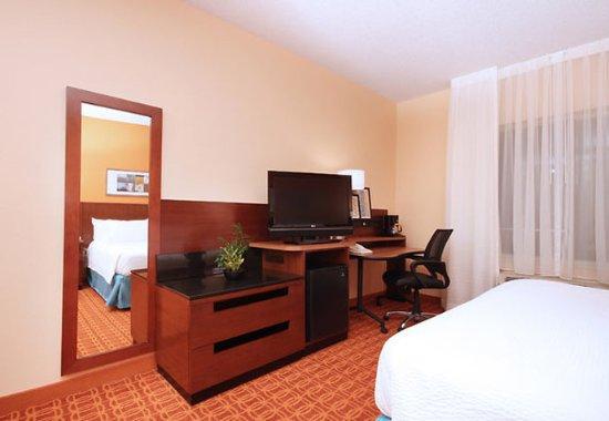 Irving, TX: Guest Room Amenities