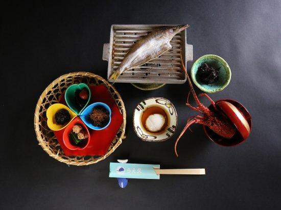 こだわりの伊賀米を使用した和定食をお楽しみください