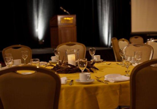 Charleston, Wirginia Zachodnia: Social Events Details