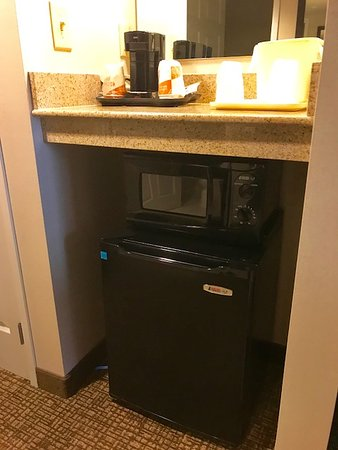 Jerome, ID : microwave and refrigerator with coffee station above