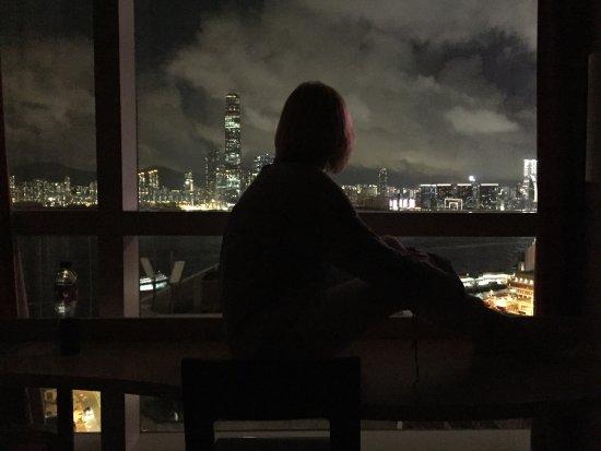 Ibis Hong Kong Central & Sheung Wan : Вид с окна ...завораживающе