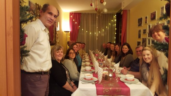 Eat & Meet: Hungarian dinner with Suzie, her Mum & Dad & new friends
