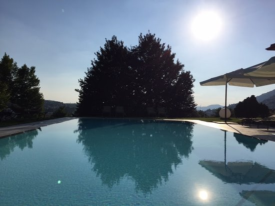 Albese con Cassano, Italia: The pool was the place to relax or get refreshed on a hot day