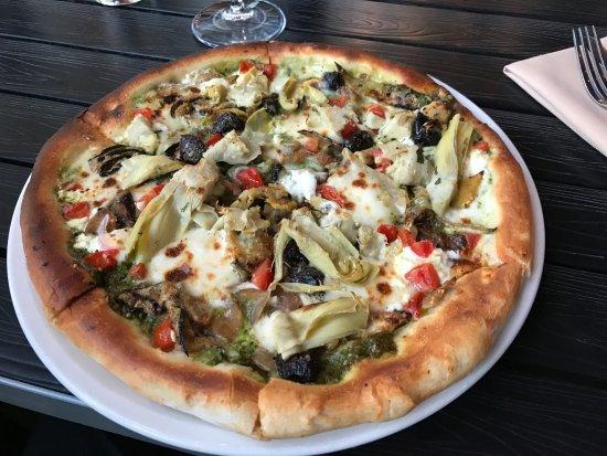 Novato, CA: Vegetarian pizza