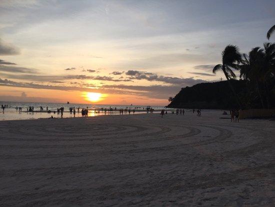 Fridays Boracay: photo4.jpg