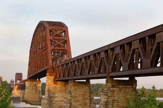 Jeffersonville, IN: Railroad Bridge Across Ohio River Louisville