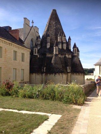 Fontevraud-l'Abbaye, France: photo2.jpg