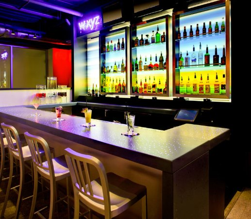 Leawood, KS: W XYZ(SM) bar