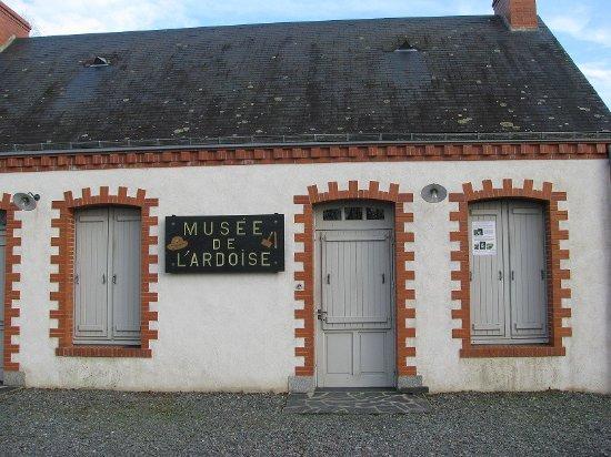 Renaze, Francja: L'entrée du Musée