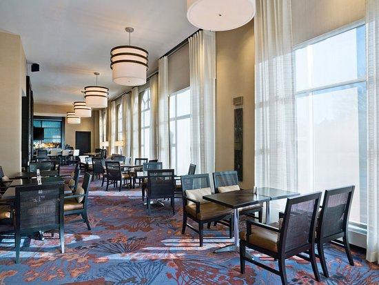 Westin Annapolis: Azure Restaurant