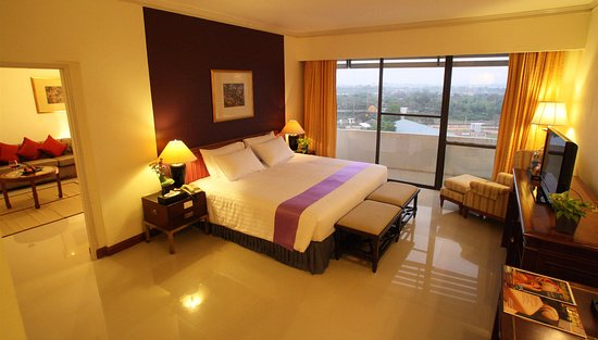 Loei Palace Hotel: One Bedroom Suite