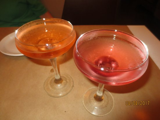 Newington, CT: 1/2 priced martinis