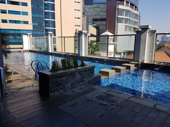 kolam renang picture of swiss belinn tunjungan surabaya tripadvisor rh tripadvisor co za Swiss-Belhotel Cirebon alamat swiss belhotel tunjungan surabaya