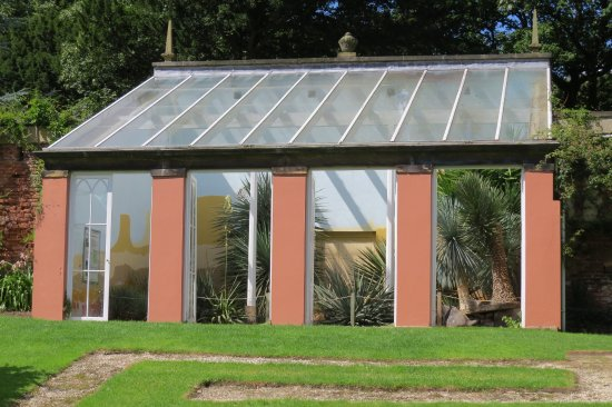 Renishaw, UK: The Yucca House