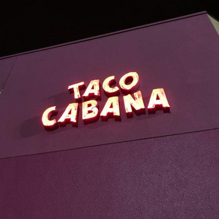 Taco Cabana: Sign