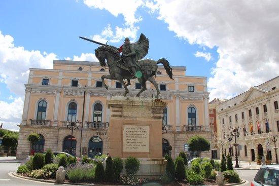 Plaza del Mio Cid