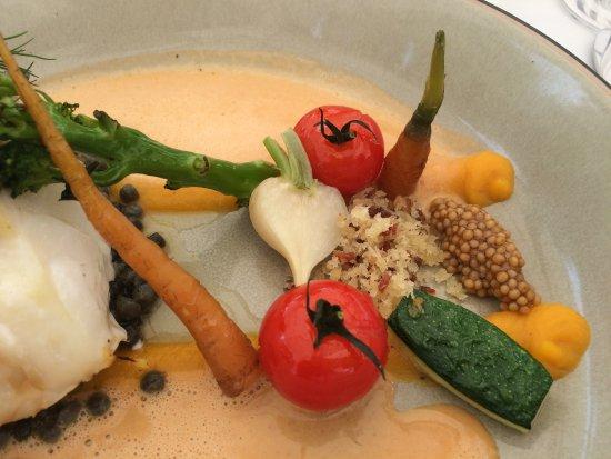 Merelbeke, Bélgica: handgerolde couscous - butternut - zomerse groentjes