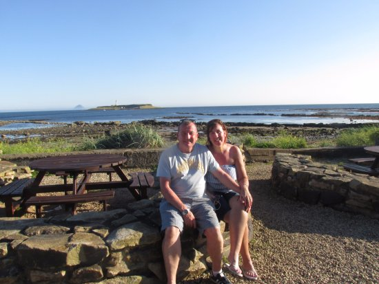 Kildonan, UK: area to sit and have a chilled wine or beer