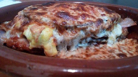 Pulcinella: Melanzana parmigiana. Inmejorable.