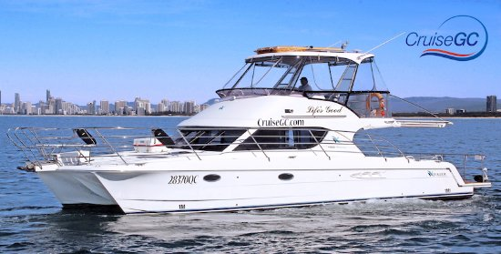 Gold Coast, Australië: Life's Good our catamaran is for a luxury cruise