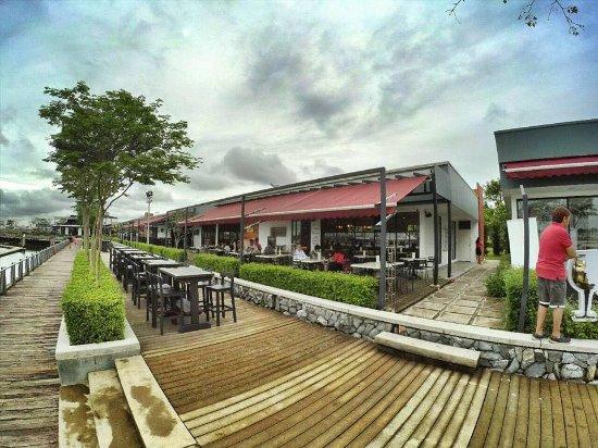 Johor Bahru District, Malasia: Outdoor seating