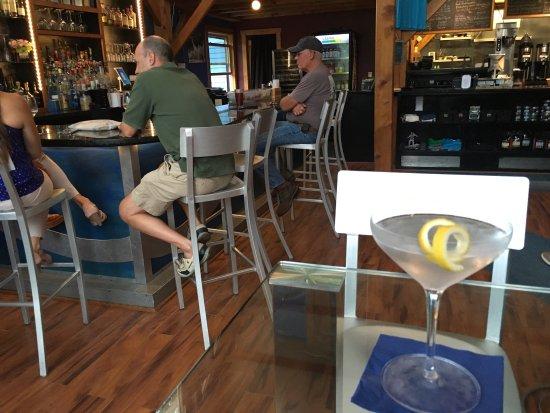 Liquid Art Coffeehouse: photo3.jpg