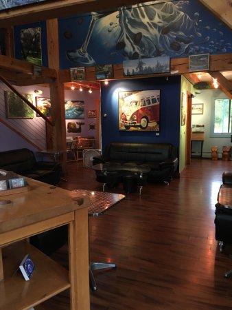 Liquid Art Coffeehouse: photo4.jpg