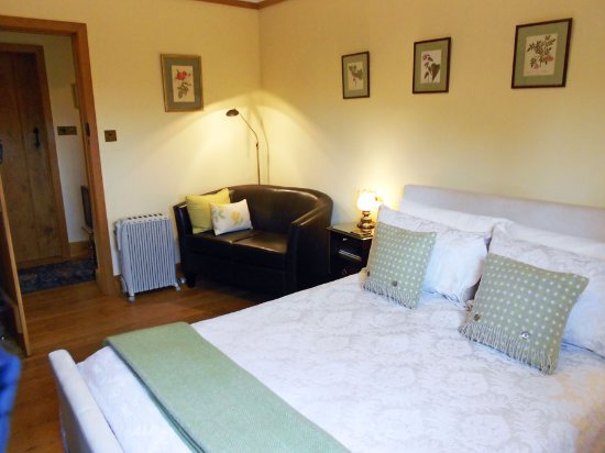 Linley Cottage Hesterworth B&B: Your comfortable room awaits you!