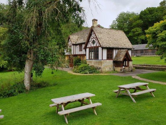 Yanworth, UK: Hunters Lodge/Museum
